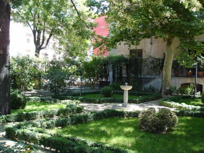 Off the beaten path madrid 39 s best kept secrets for El jardin del principe
