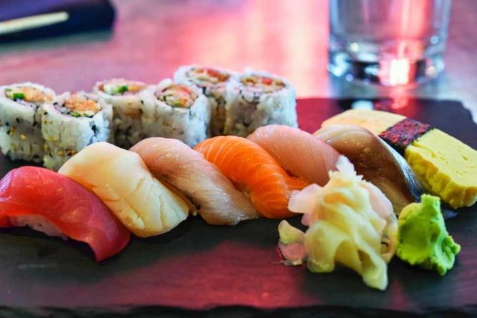 Sushi Bar | © Ames Lai/Flickr