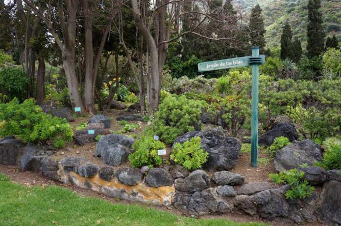 Jardín Botánico Canario Viera y Clavijo by GardenTraveller/Flickr