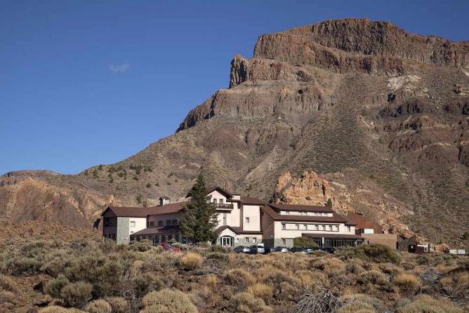 Parador de Las Cañadas del Teide by Paradores/WikiCommons