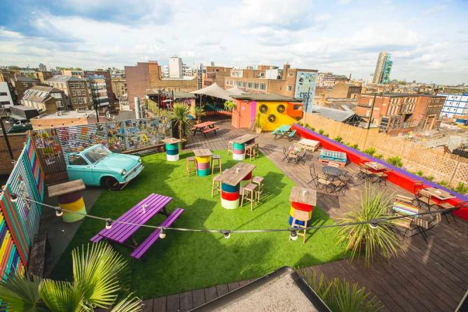 Queen of Hoxton Rooftop Bar
