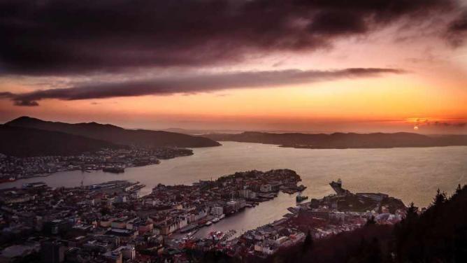 Sunset from Fløyen | © Gabriele Balletti/Flickr