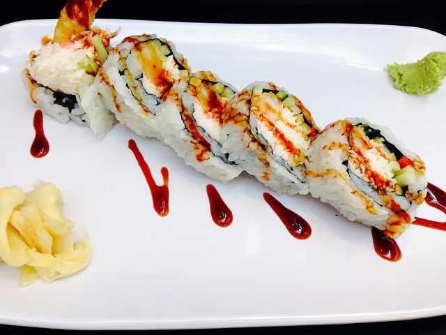 Shrimp Tempura Roll | © Clotee Allochuku/Flickr