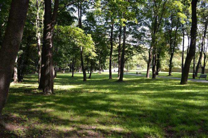Park in Kalamaja | © Iifar/Wikicommons