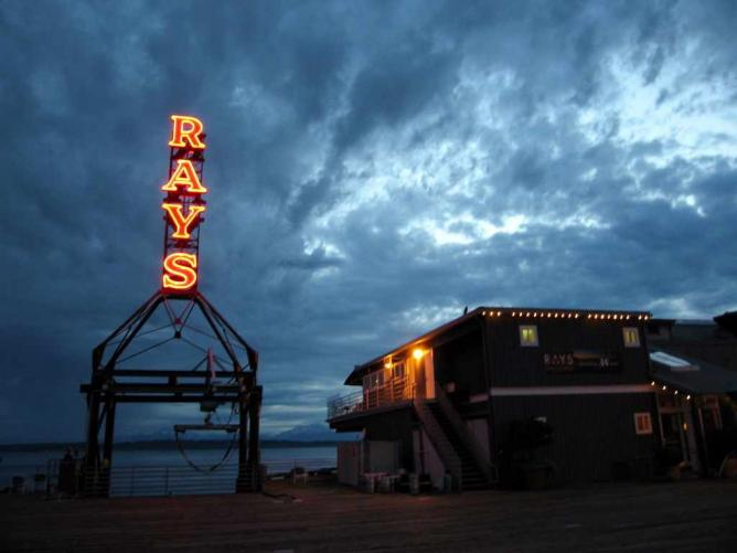 Ray's Café