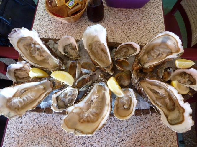 Platter of French-style Oysters