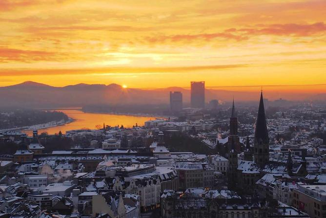 Sunrise over Bonn | © Matthias Zepper/WikiCommons
