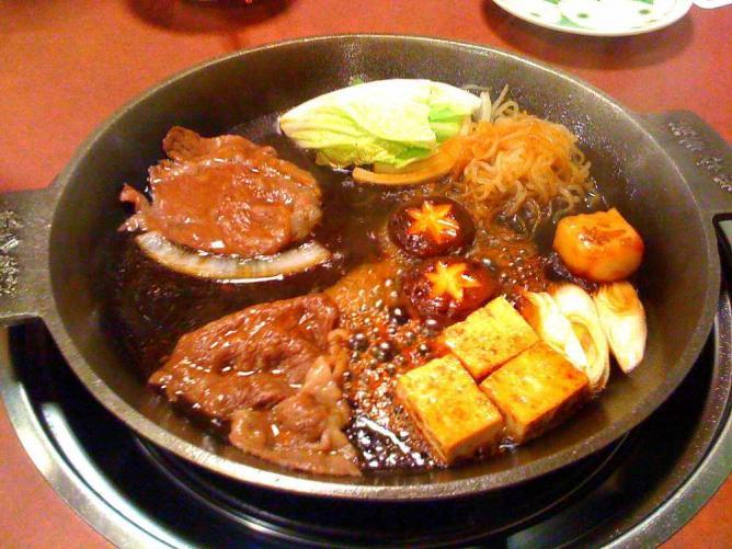 Sukiyaki   ©Zanpei/Flickr