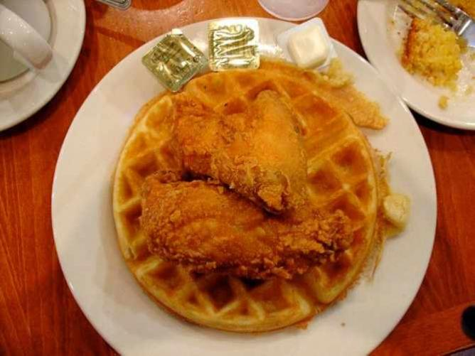 Chicken and Waffles at Amy Ruth's | © Jeff Keyzer/Flickr