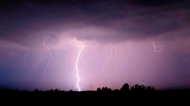 Lightning | © Mathias Krumbholz/WikiCommons