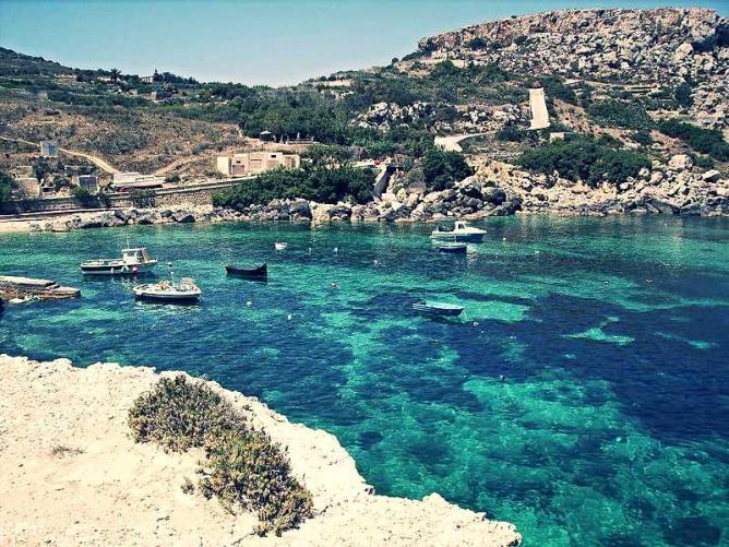Daħlet Qorrot fishing cove