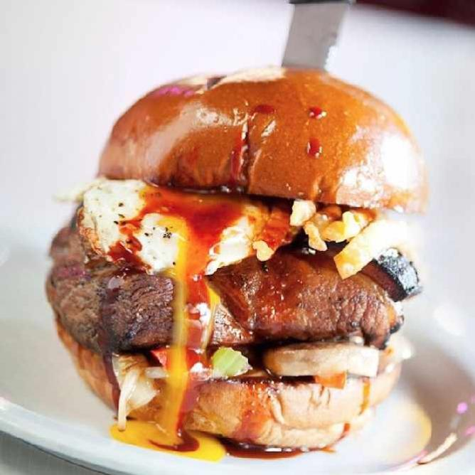 Asian BBQ Pork Belly Burger from Slater's 50/50 | © L.A. Foodie/Flickr