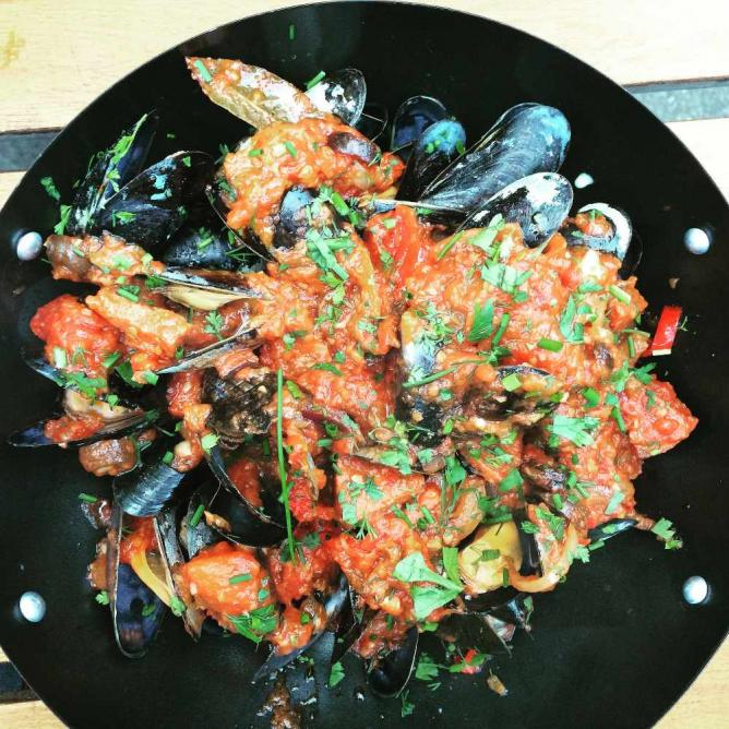 Chorizo Mussels   © Caitlin/Flickr