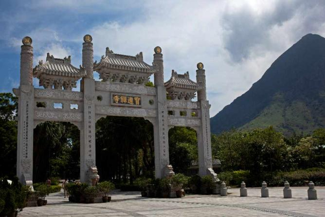 Po Lin Monastery © Chris Brown/Flickr