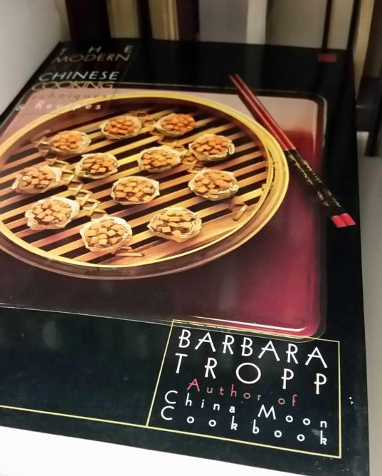 Barbara Tropp's Modern Art of Chinese Cooking | © William Morrow Cookbooks/Courtesy of H.C. Hamblin