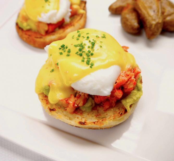 Lobster Benedict | © 1313 Main