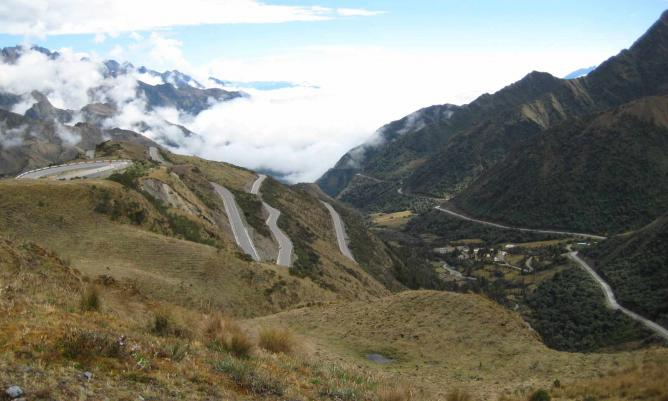 Abra Malaga east slope with winding roads