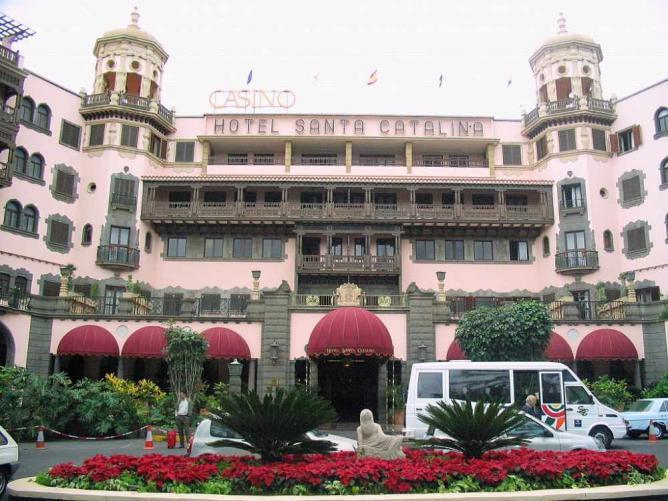 Hotel Santa Catalina © chicadelatele/WikiCommons