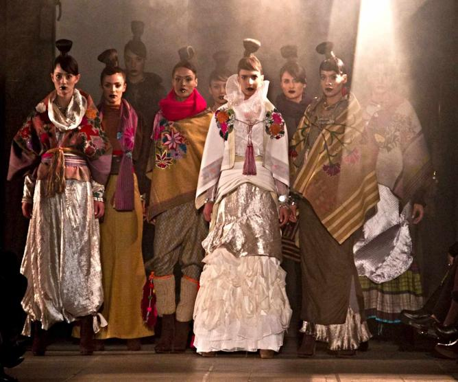 Finale of the Paisaje Mocheval collection | © Mauricio Rodriguez