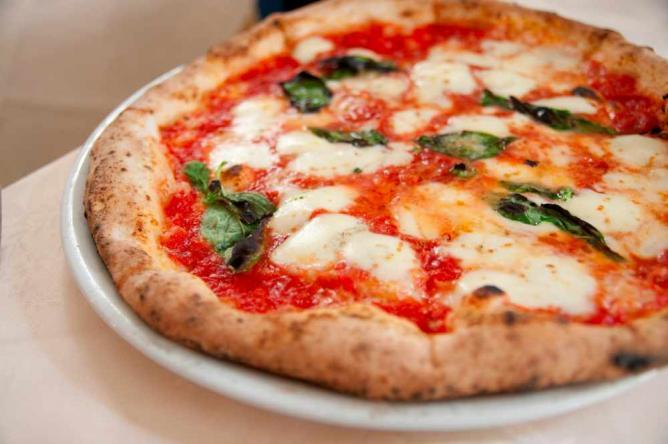 Italian style pizza | © Yuichi Sakuraba/Flickr