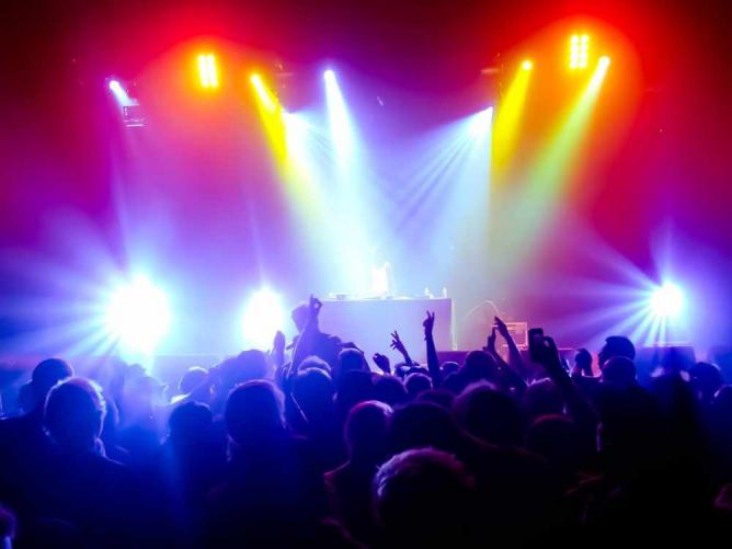 Concert   © jdegheest/pixabay