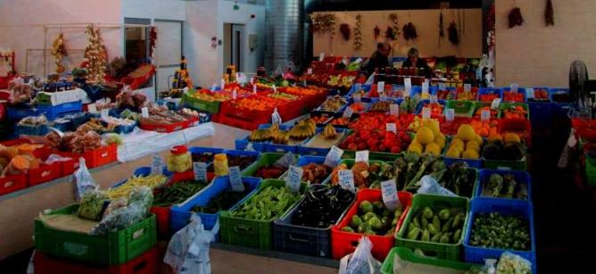 Ayios Antonios Municipal Market | © Nic0245/WikiCommons