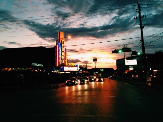 Montrose Sunset | © urban.houstonian/Flickr