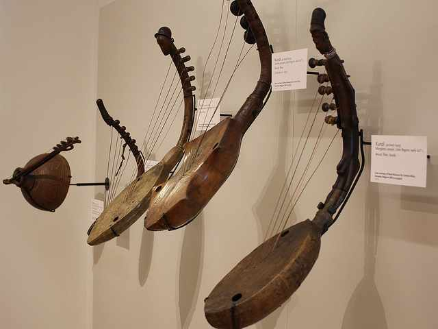 Antique musical instruments | © Alyson Hurt/Flickr
