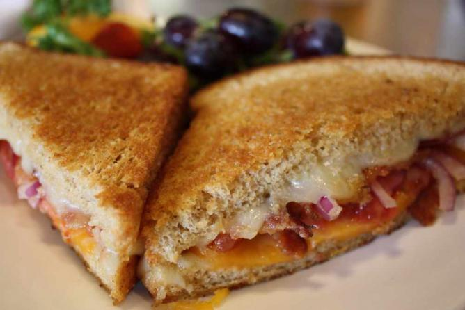 Grilled Cheese | © davidmchristopher/Flickr