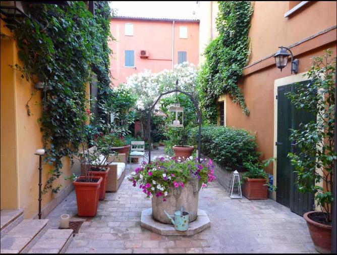 Hotel Porta San Mamolo | ©SYGAL93/Flickr