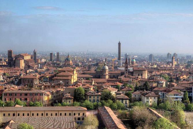 Bologna | ©Lorenzoclick/Flickr