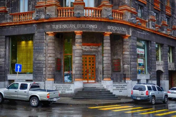Tufenkian Historic Yerevan Hotel| © el_ave/Flickr