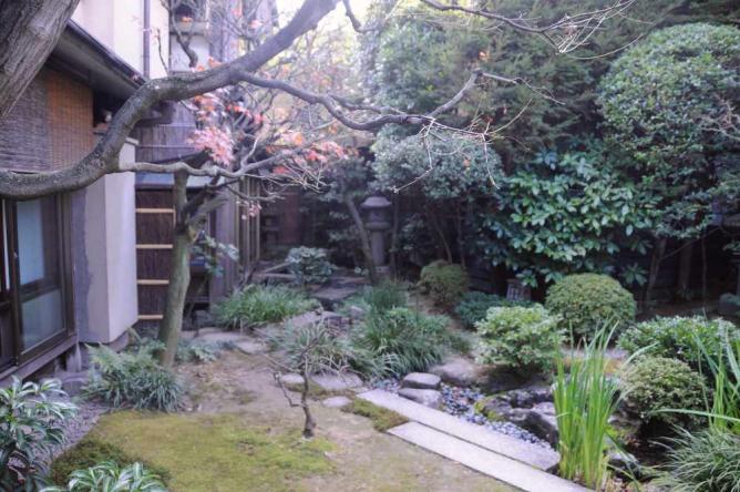 Hiiragiya gardens