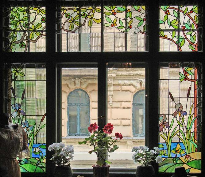 Dining room window - Art Nouveau Museum