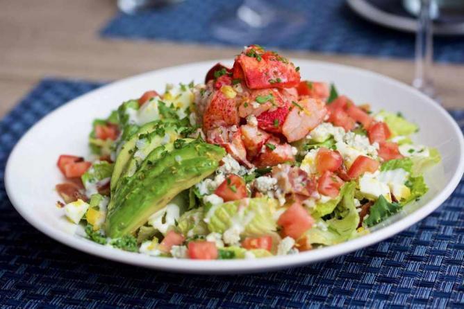 Salad | Courtesy of All Set Restaurant and Bar