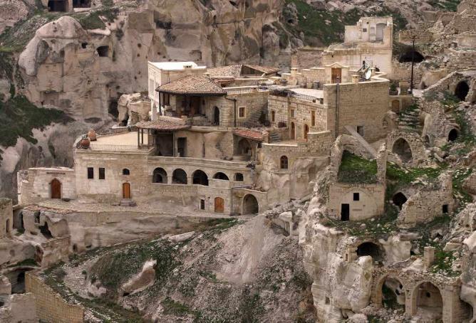 Cappadocia Cave Dwellings | © Brocken Inaglory/WikiCommons