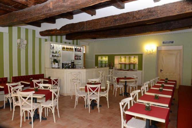 Breakfast room at Hotel Borgo Antico
