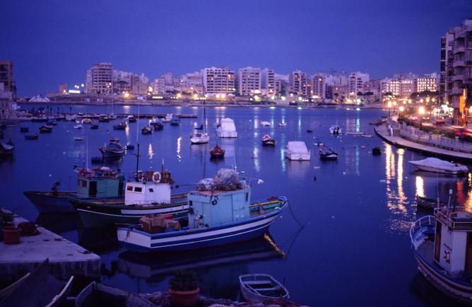 St. Julian's Bay, Malta © Kotivalo/WikiCommons