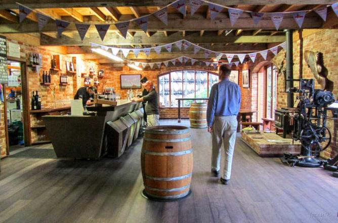 Wirra Wirra tasting room | © Jocelyn Kinghorn/Flickr