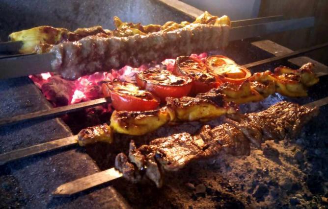 Kebabs | © Kerry J/Flickr