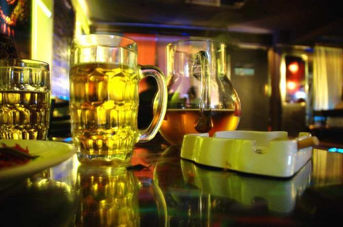 cd /pub; more beer l © Pankaj Kaushal/Flickr