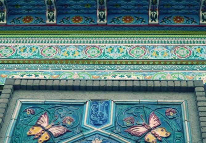 Dushanbe Teahouse © WikiCommons