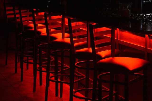 Bar Stools | © Ernest Duffoo/Flickr