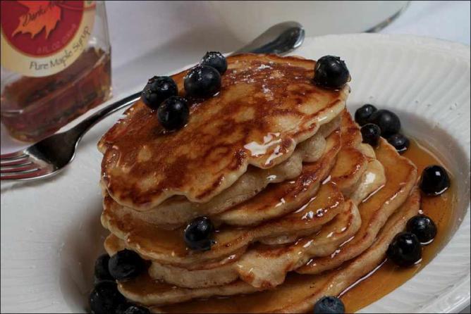 Multi-grain Silver Dollar Pancakes with Berries, Vonda's Kitchen
