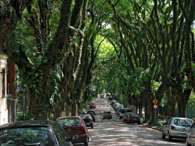 Rua Gonçalo de Carvalho, Porto Alegre   © Amigos da Rua Gonçalo de Carvalho/WikiCommons