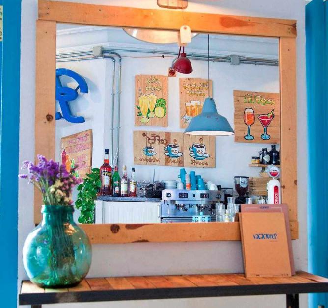Vacaciones Cocktail Bar | Image courtesy of Vacaciones Cocktail Bar