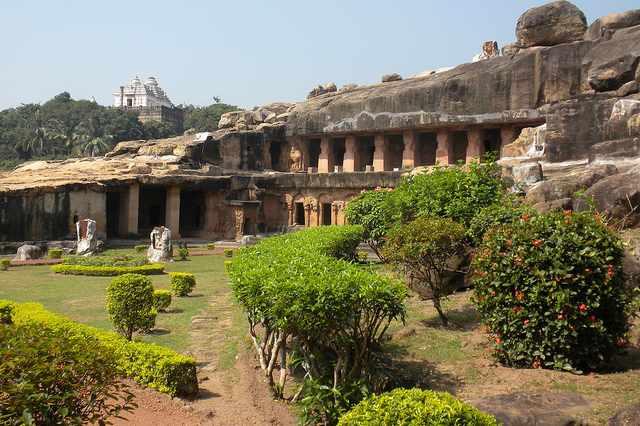 Udaygiri & Khandagiri Caves | © Steve Browne & John Verkl/Flickr