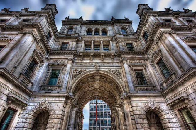 London's Royal Academy of Arts | © Paul Vallejo/Flickr