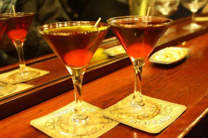 Drinks at Boadas Bar