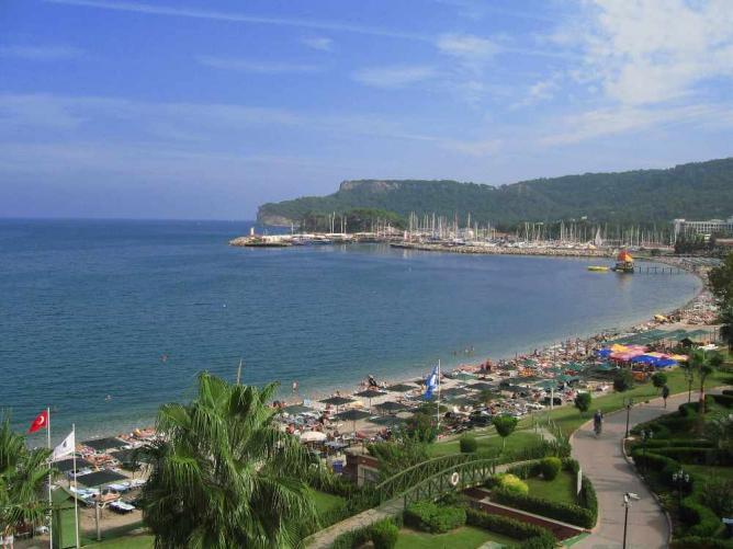 ساحل Icmeler | & # XA9؛ گریه کننده / WikiCommons